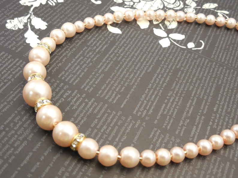 Very Simple Fancy and Classic One Strand Embossing Look Blush Pink Glass Pearl Necklace with Shiny Cubic Spacer