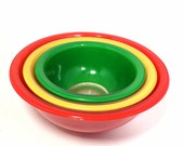 Vintage Pyrex Set of 3 Clear Bottom Glass Mixing Bowls Red Green Yellow Set of 3 Nesting Primary Color Bowls