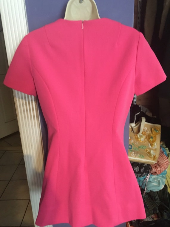 Vintage bubblegum pink tunic top adorable! - image 4