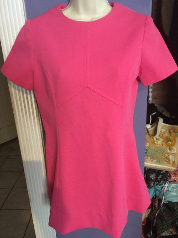 Vintage bubblegum pink tunic top adorable! - image 2