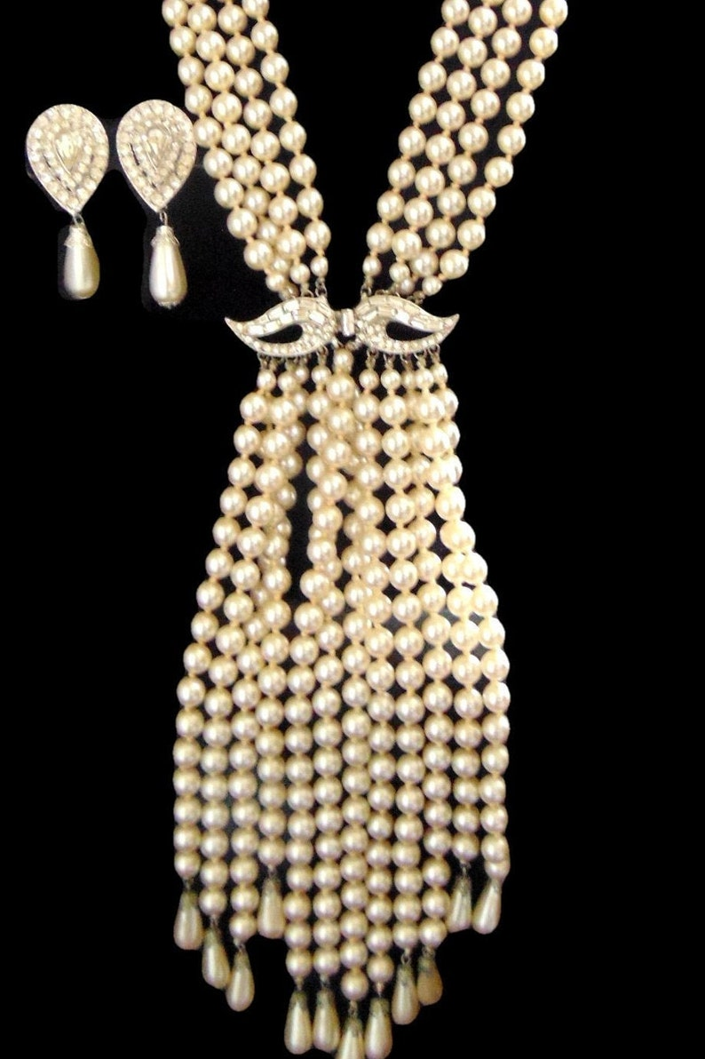 The Famous Valjean Waterfall Pearls Circa 1966 Clip Earrings Must See