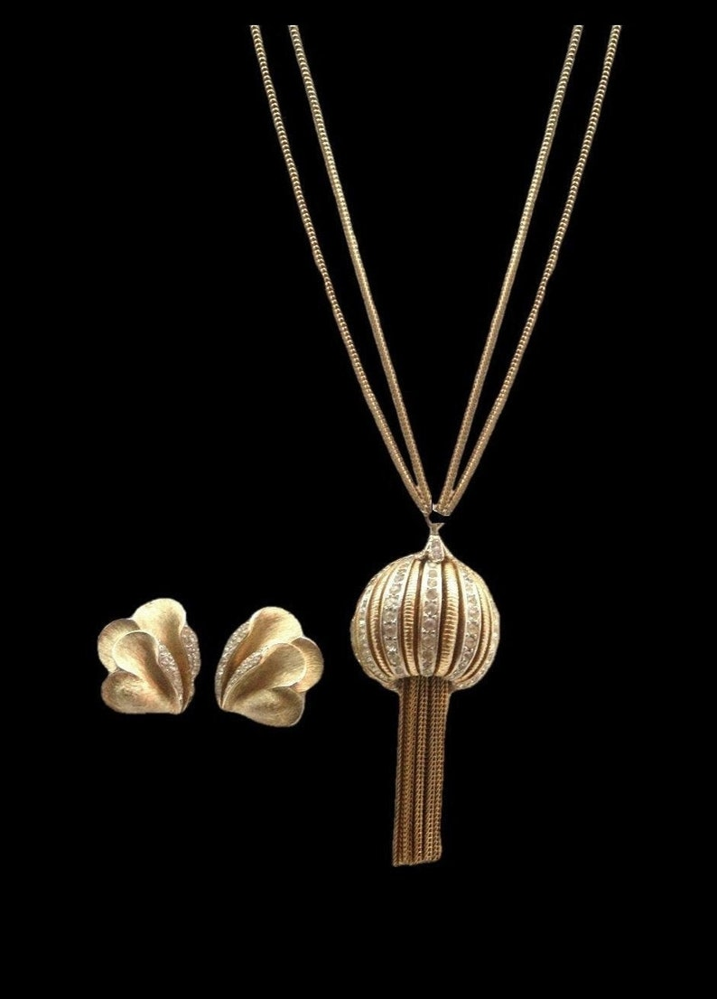 Up Up and Away in Beautiful Golden and Rhinestone Balloon Necklace Trifari Earrings