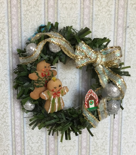 Dollhouse Miniature Wreath for Christmas Choice of One 1:12 scale