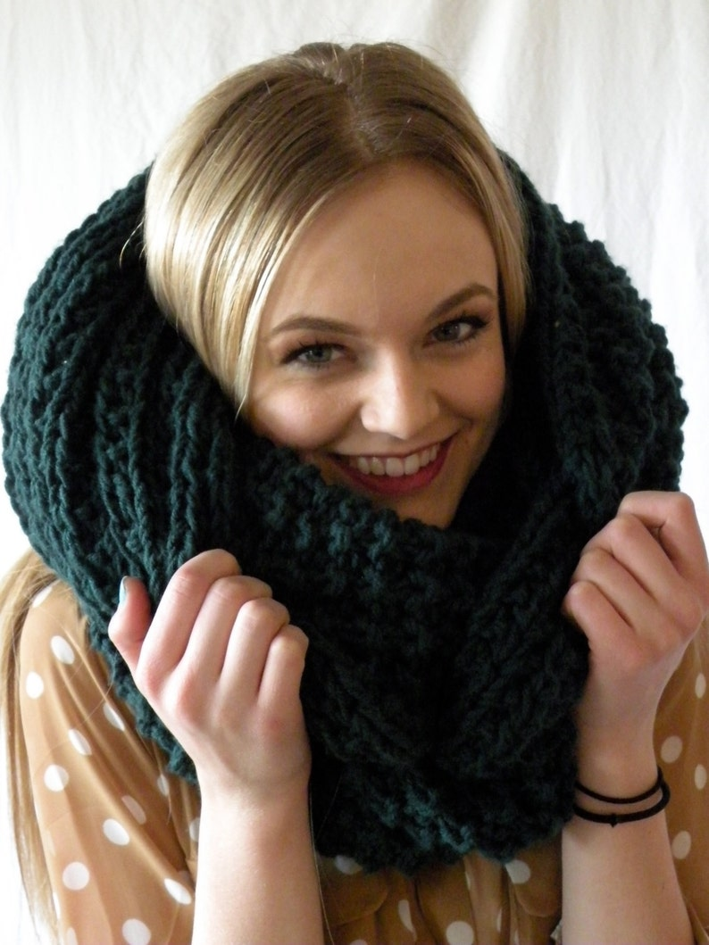 8cef6d36955 Oversized Snood Infinity Cowl Scarf Chunky Knit Forest Green