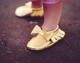 Gold Baby Moccasins/ Leather Moccasins/ Baby Shoes Girl/ Toddler Moccasins/ Kids Moccasins/ Newborn Moccasins/ Baby Gift/ Mocs/ Baby Moccs