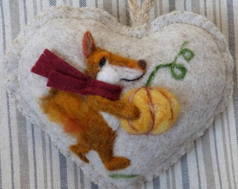 Needle felted FOX personalised heart / customized gift Summer or Winter designs