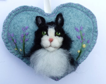 Pet cat portrait on a heart ornament, Cat / dog / pony personalised and with notlet pocket, Custom gift pet