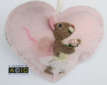 Needle felted mouse lavender Heart with a pink rose! Girl's tooth fairy pillow, reward pocket - personalised with name - Birthday card gift