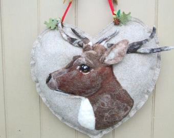 Large Heart Wreath, Needle felted Deer / Stag / Elk Heart hanging decoration, Felted Wall Art Piece