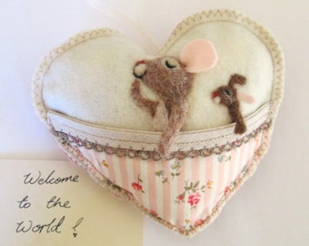Needle felted baby mouse Heart ,Christening, baby shower or tooth pillow, personalised with name.