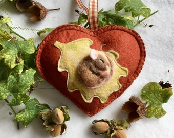 Sleeping mouse on a leaf  - needle felt sculpture heart with hanging ribbon, scented with lavender or rose petals - personalised