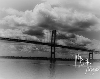Photo, Mount Hope Bridge in Rhode Island. Black&White photography bridge.