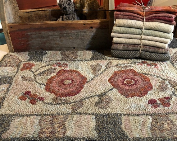 """Wool Pack for Abby Floral Hooked Rug, 14"""" x 24""""  Primitive Hooked Rug, Antique Floral Rug,  Floral Table Mat, Geometric Border, WP120"""