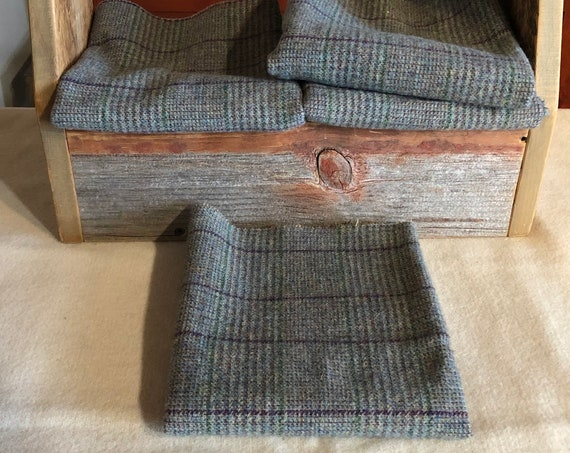 Felix a Blue/Green Plaid Mill-Dyed Wool Fabric for Rug Hooking, Applique, Penny Rugs, Fiber Arts, Fat Quarter Yard, Felix, W386