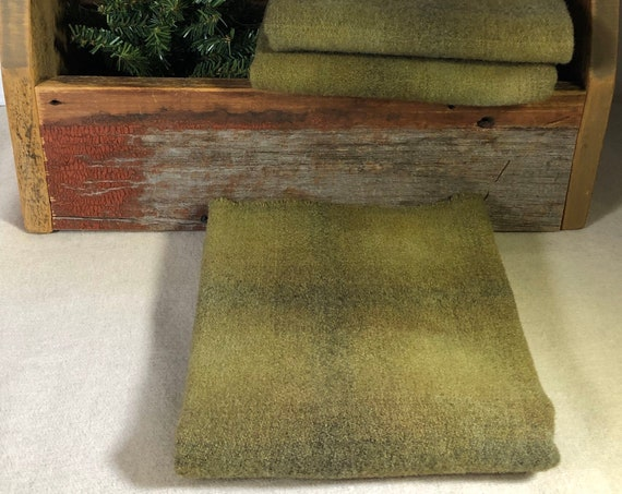 Bronze Green Plaid, Hand Dyed 100% Wool Fabric for Rug Hooking, Applique,Penny Rugs, Fiber Arts,  Green/Gray Plaid Fat Quarter Yard  W438