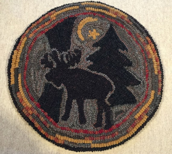 "Rug Hooking Pattern for ""Moonlight Moose"" Chair Pad, on Monks Cloth or Primitive Linen, P112"