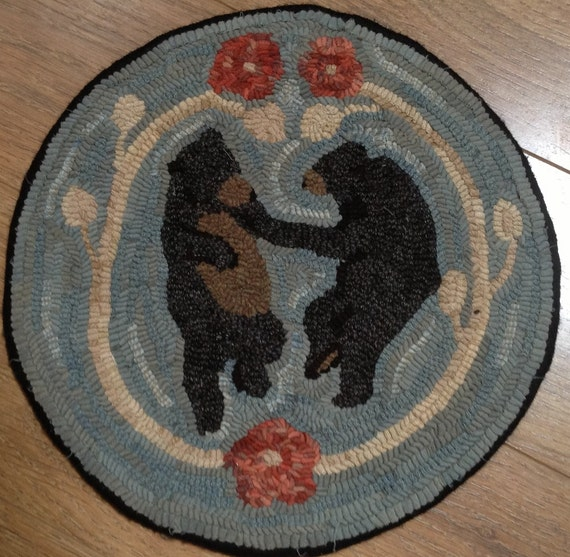 Rug Hooking Pattern for Dancing Bears Chair Pad, on Monks Cloth or Primitive Linen, P107