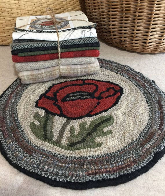 "Primitive Rug Hooking Kit for ""Poppy Chair Pad""  #K106"