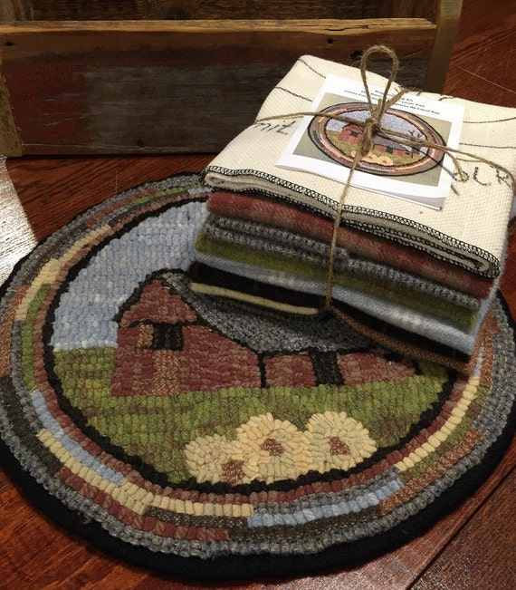 "Primitive Rug Hooking Kit for ""Old Barn #1"" Chair Pad  14"" Round  K118"