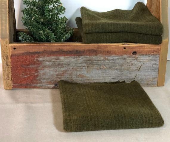 Dark Pine Green Stripe Hand Dyed Wool Fabric for Rug Hooking, Applique, Penny Rugs, Fiber Arts, Dark  Forest Green Fat Quarter Yard  W429