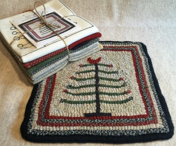 "Primitive Rug Hooking Kit,  Feather Tree Mat  9"" x 9""  K113"