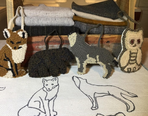 Rug Hooking PATTERN, 4 Woodland Creature Ornaments  P157, Wolf, Fox, Bear, Owl Ornaments, Hooked Rug Ornaments, Monks Cloth, Primitive Linen
