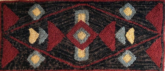 "Rug Hooking Pattern, Southwest Geometric, Primitive Hooked Rug, Geometric Hooked Pillow, Geometric Table Mat, Wall Hanging, 10""x 24"", P168"