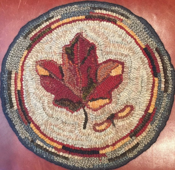 "Primitive Rug Hooking Pattern for ""Maple Leaf"" Chair Pad  14"" Round/Fall Hooked Rug/Primitive Chair Pad/ Hooked Table Mat/Pillow  P159"