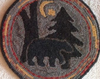 """Rug Hooking Pattern for """"Moonlight Bear"""" Chair Pad, on Monks Cloth or Primitive Linen, P111"""