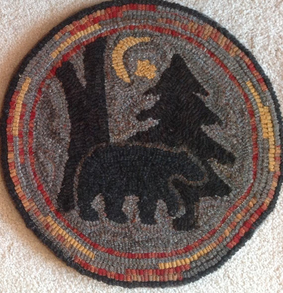"Rug Hooking Pattern for ""Moonlight Bear"" Chair Pad, on Monks Cloth or Primitive Linen, P111"