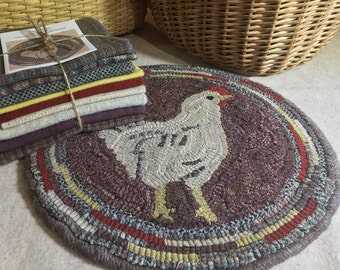 """Primitive Rug Hooking Kit for """"Hetty"""" Chicken Chair Pad 14"""" Round  K115"""