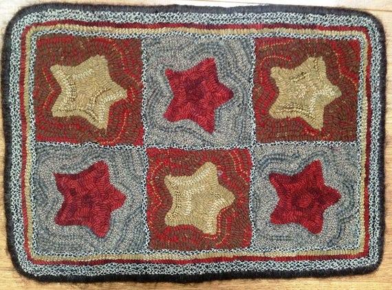 "Rug Hooking Pattern, Estrellas (Stars)  14"" x 20"" P104"