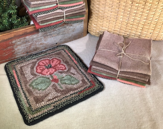 "Primitive Rug Hooking Kit for ""10 inch Hibiscus Mat""  K149 Floral Trivet, Floral Mat, Wool Hibiscus Mat, Hooked Flower Wall Hanging"