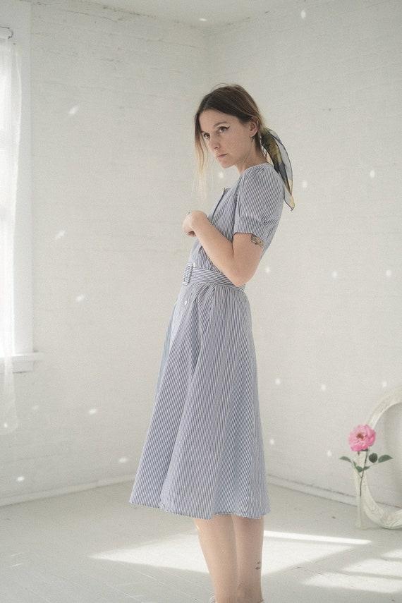 Seersucker Puff Sleeve Dress - image 7