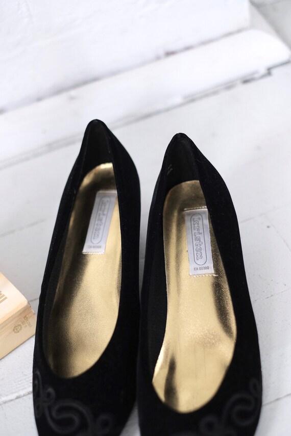 Velvet Kitten Heels Size 10  - image 7