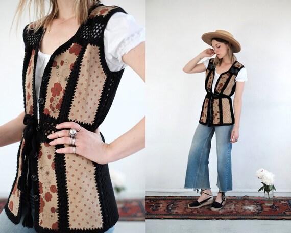 70s Suede Knit Vest // Vintage Floral Beige Black