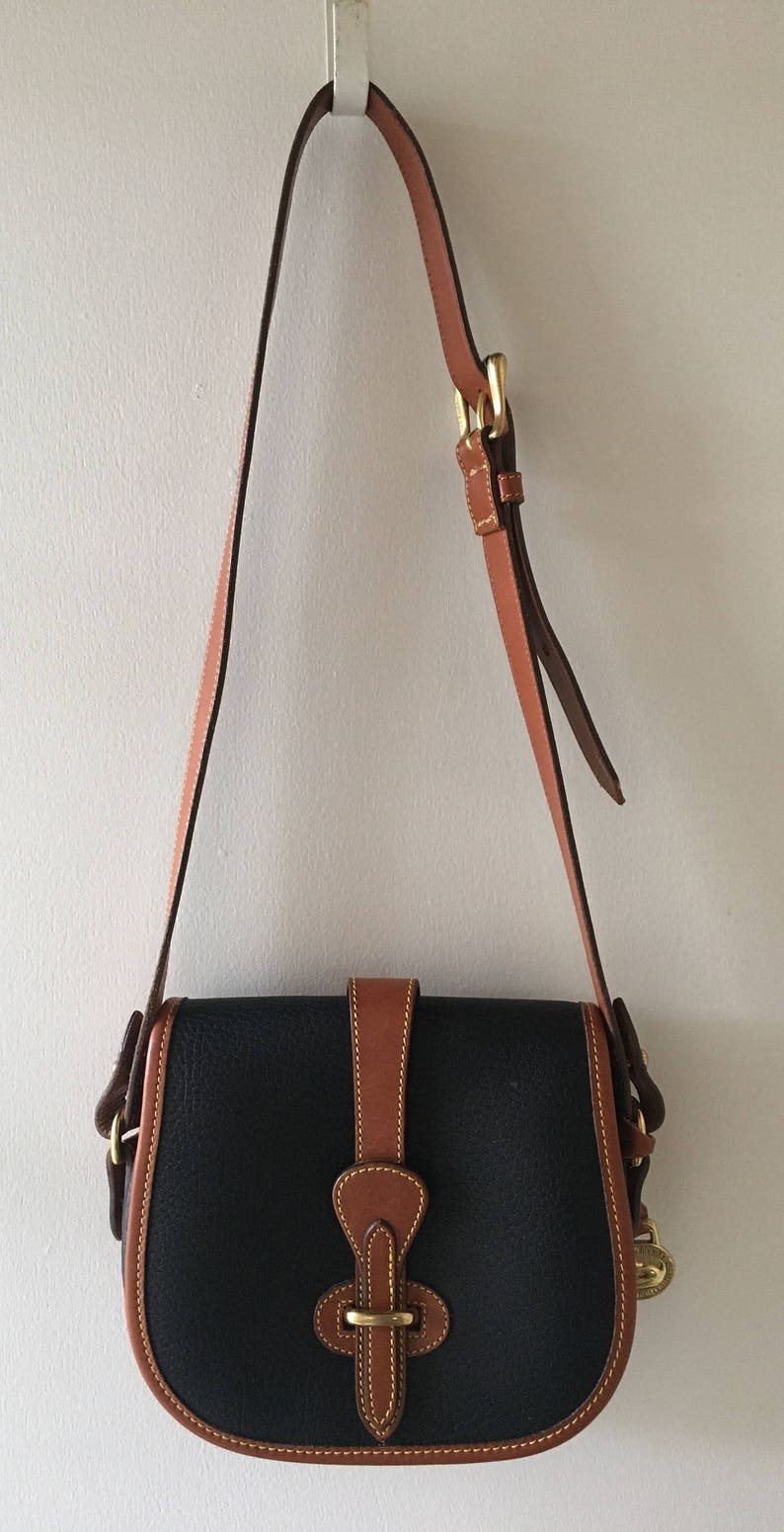 0a94e63d6307 Dooney and Bourke Bag - Leather - All Weather - Saddle Bag - Equestrian -  Navy and Brown - Vintage - G1