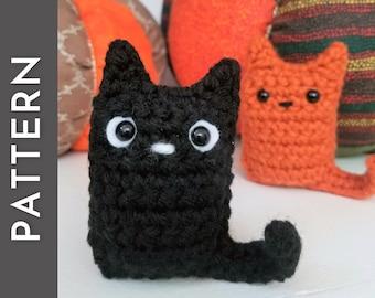 Kitty Bean + garland PATTERN - crochet PDF pattern - cute amigurumi kittens - Halloween cat garland decor