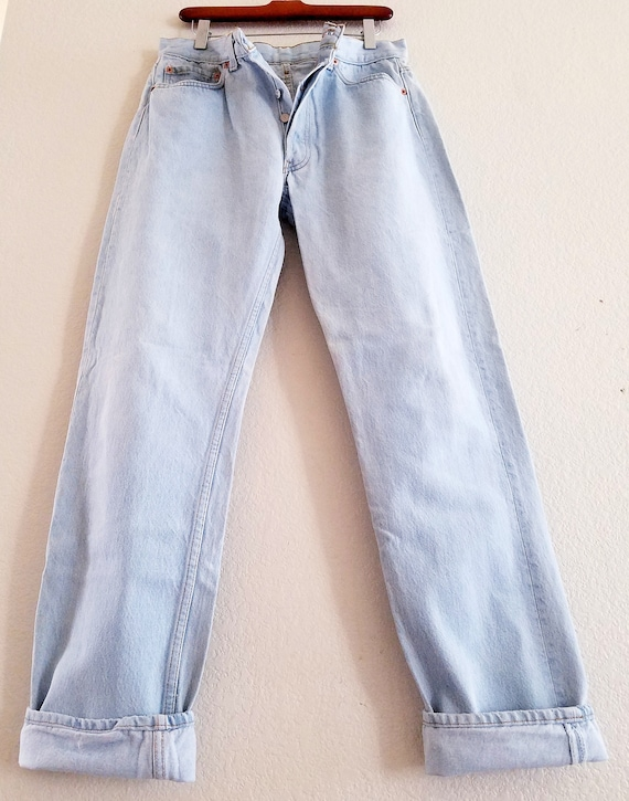 Vintage 501 Levis Jeans 33x34 Made in USA Light Bl