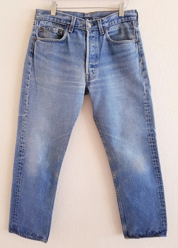 Vintage 501 Levis Jeans 32x31 Made in USA Faded Bl
