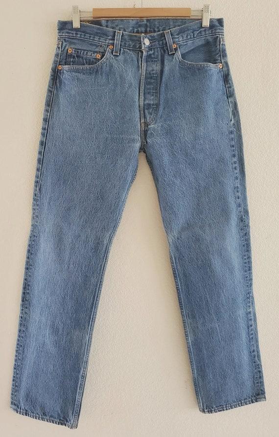 Vintage 501 Levis Jeans 33x32 Blue Jeans Made in U