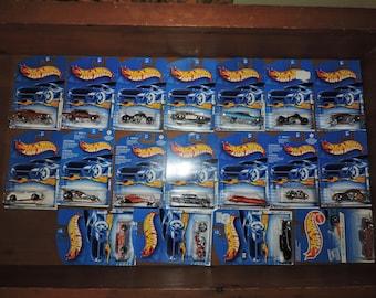 18x Hot Wheels Vintage 1990s Sealed Cars Lot #T1