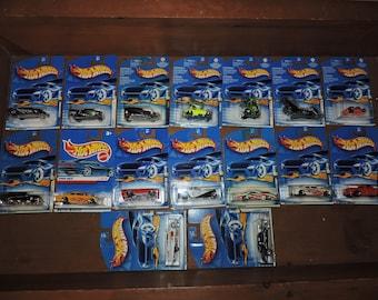 16x Hot Wheels Vintage 1990s Sealed Cars Lot #T3