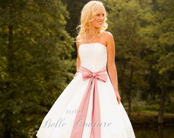 Custom Made & Handmade - 50s Tea-Lenght Wedding Dress with satin belt item: Cécile