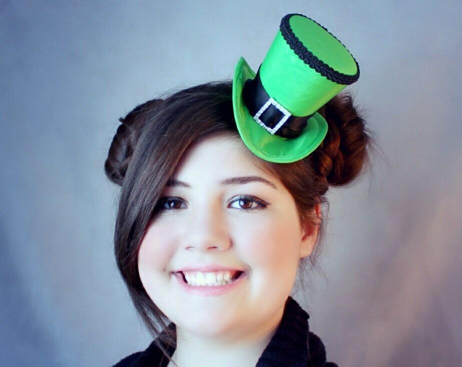 Green Mini Top Hat St-Patricks Day Hat Irish Hat  b8513a2e86f