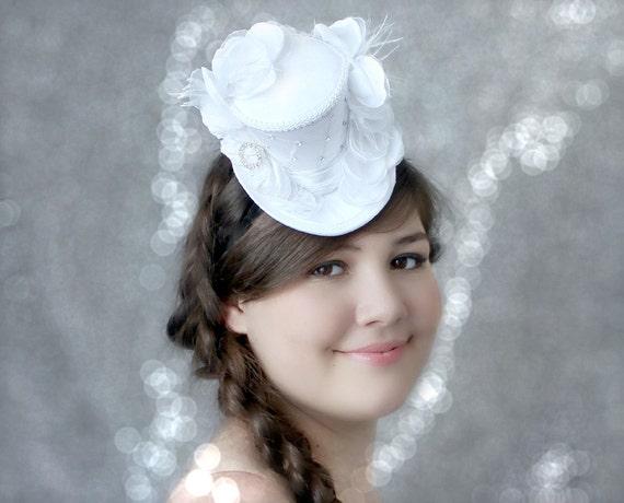 Wedding Fascinator Bridal Mini Top Hat Birdcage Veil  a1681f841eb