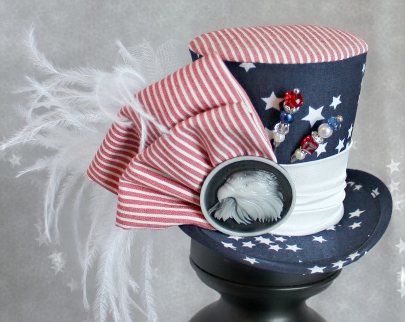 ba41104d74b42 4th of July Mini Top Hat, Red White and Blue Headband, 4th of July Hair  Accessories, Red White and Blue Hat, Patriotic Hat, Women Fascinator