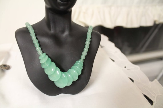 Vintage Chinese Jade Necklace, Chinese Green Jade,