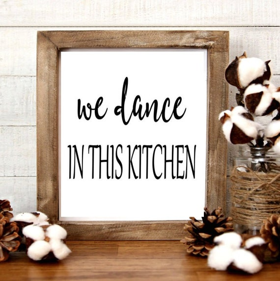 We Dance In This Kitchen Farmily Life Diy Signs Stencil Art Stencils Art And Collectable Farm House Style Craft Supplies