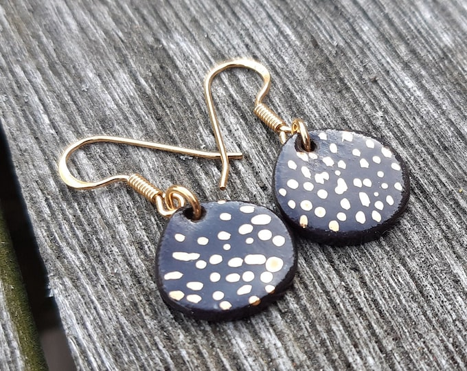 Black Porcelain slice gold spots earring
